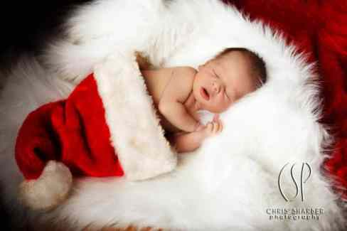 Newborn Christmas Pictures 44