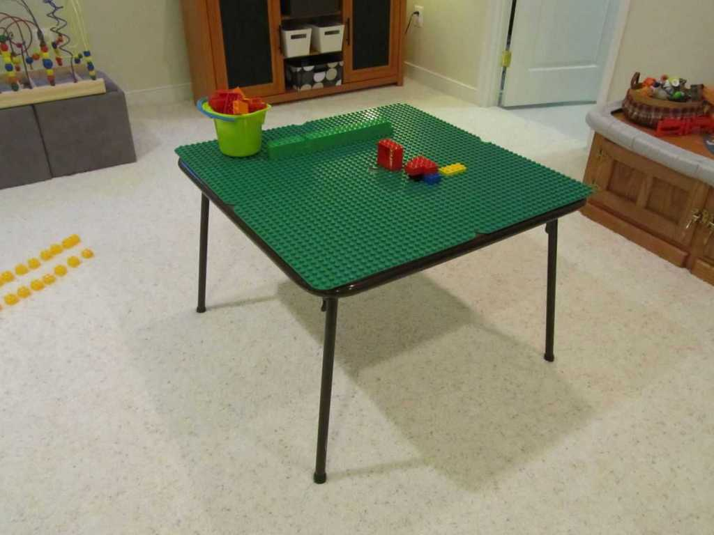 DIY Lego Tables 8
