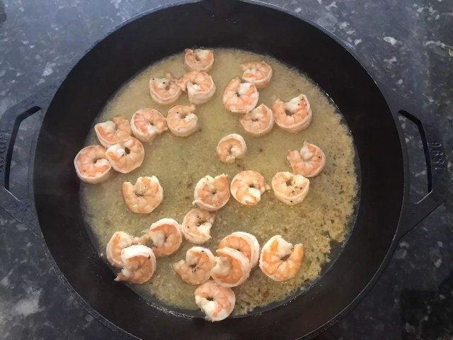 BGE - Garlic Shrimp Scampi