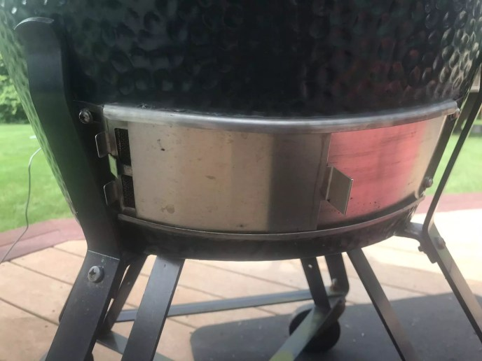 The Big Green Egg Draft Door Dialed into 300 Degrees