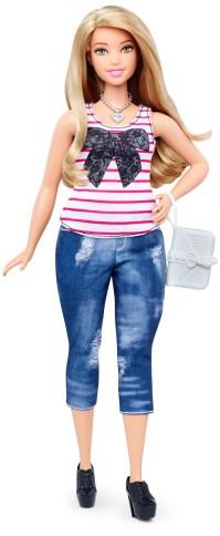Curvy Everyday Chic   Crédito da imagem: divulgação Mattel   www.barbie.com