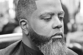 How to Turn White Beard Into Black Naturally