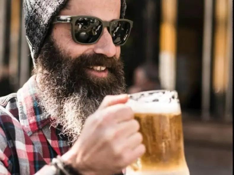 does drinking water help beard growth, Can't grow beard on cheeks how to grow facial hair on cheeks, does dry gin grow hair, beard follicle growth, how to grow facial hair from nothing,