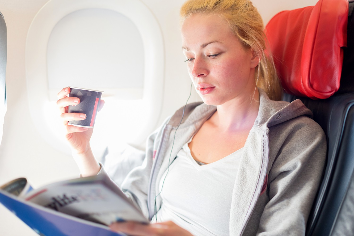 Six ways to make your long flight suck less by popular travel blogger My Beauty Bunny