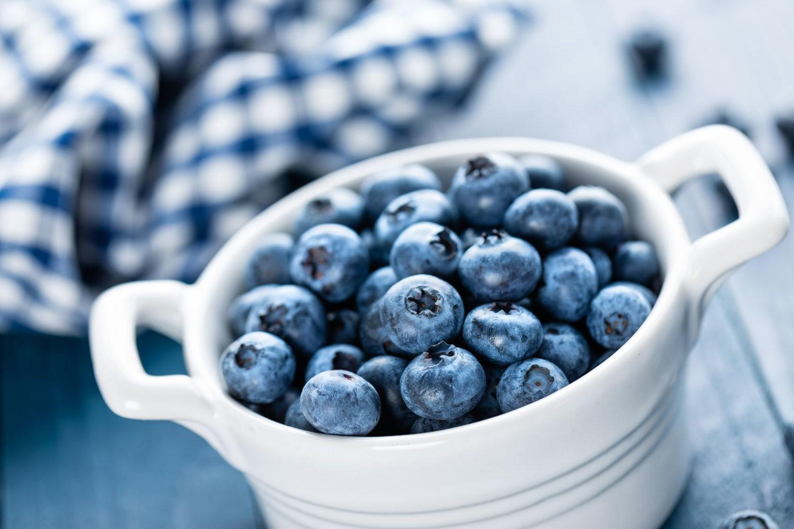 DIY blueberry face mask recipe