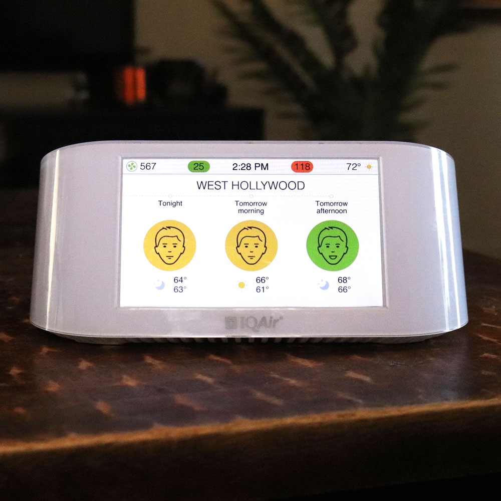 Air Visual Pro air quality monitor review