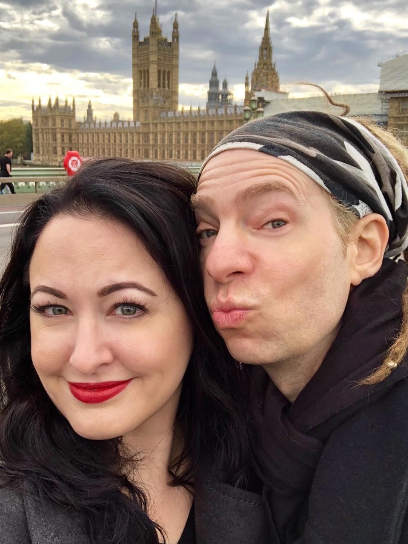 Couples Guide to London - Obligatory Bridge Selfie