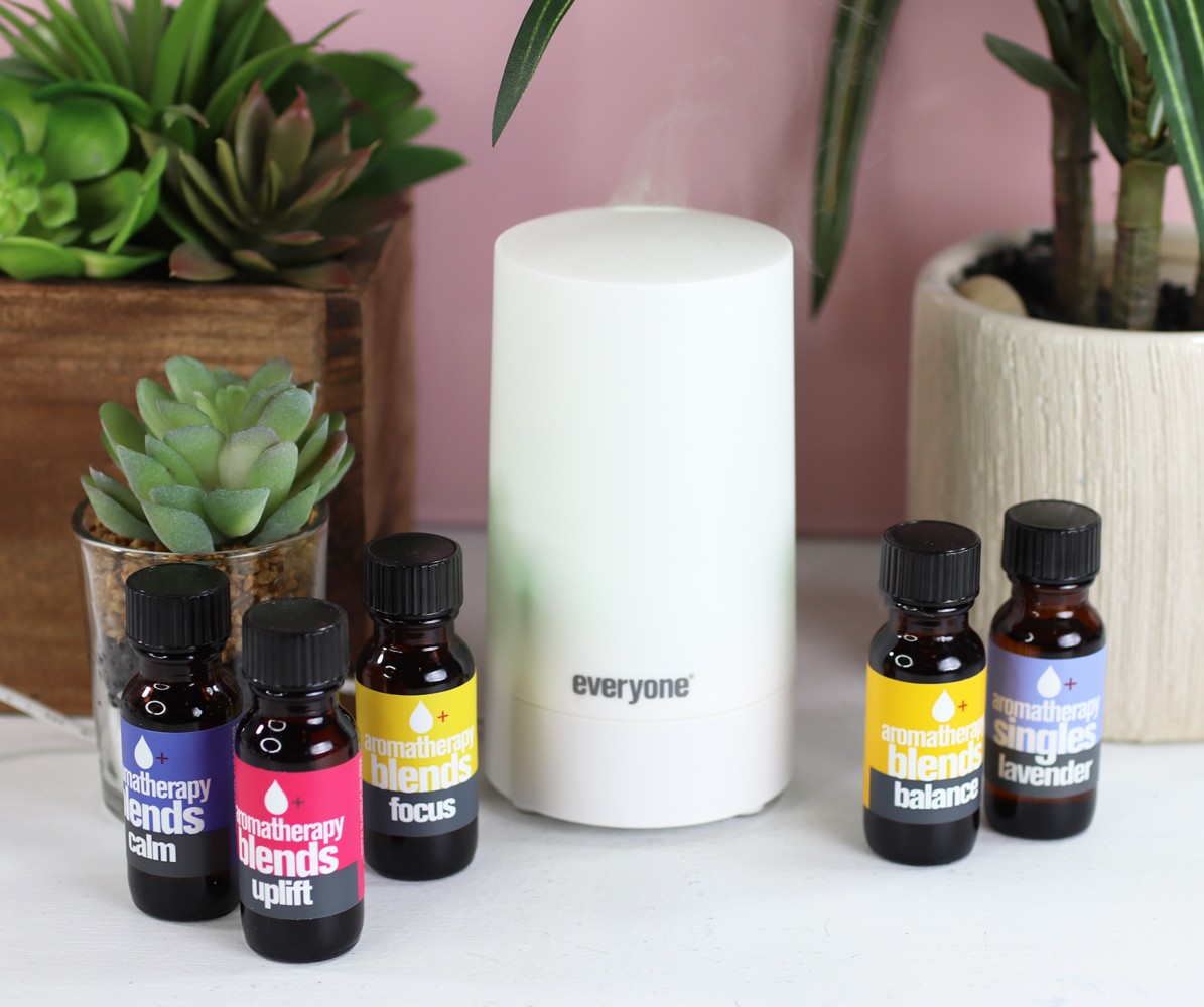 Everyone Aromatherapy Blends Essential Oils and Diffuser Review - Which is the best essential oil diffuser by LA cruelty free beauty blogger My Beauty Bunny