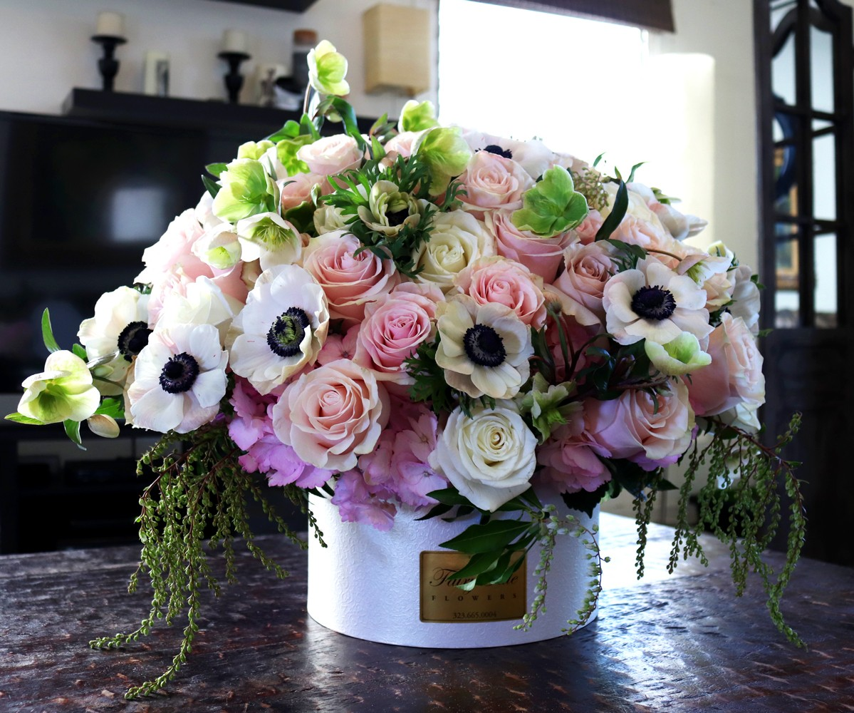 How to make your house look cleaner than it is - try adding fresh flowers