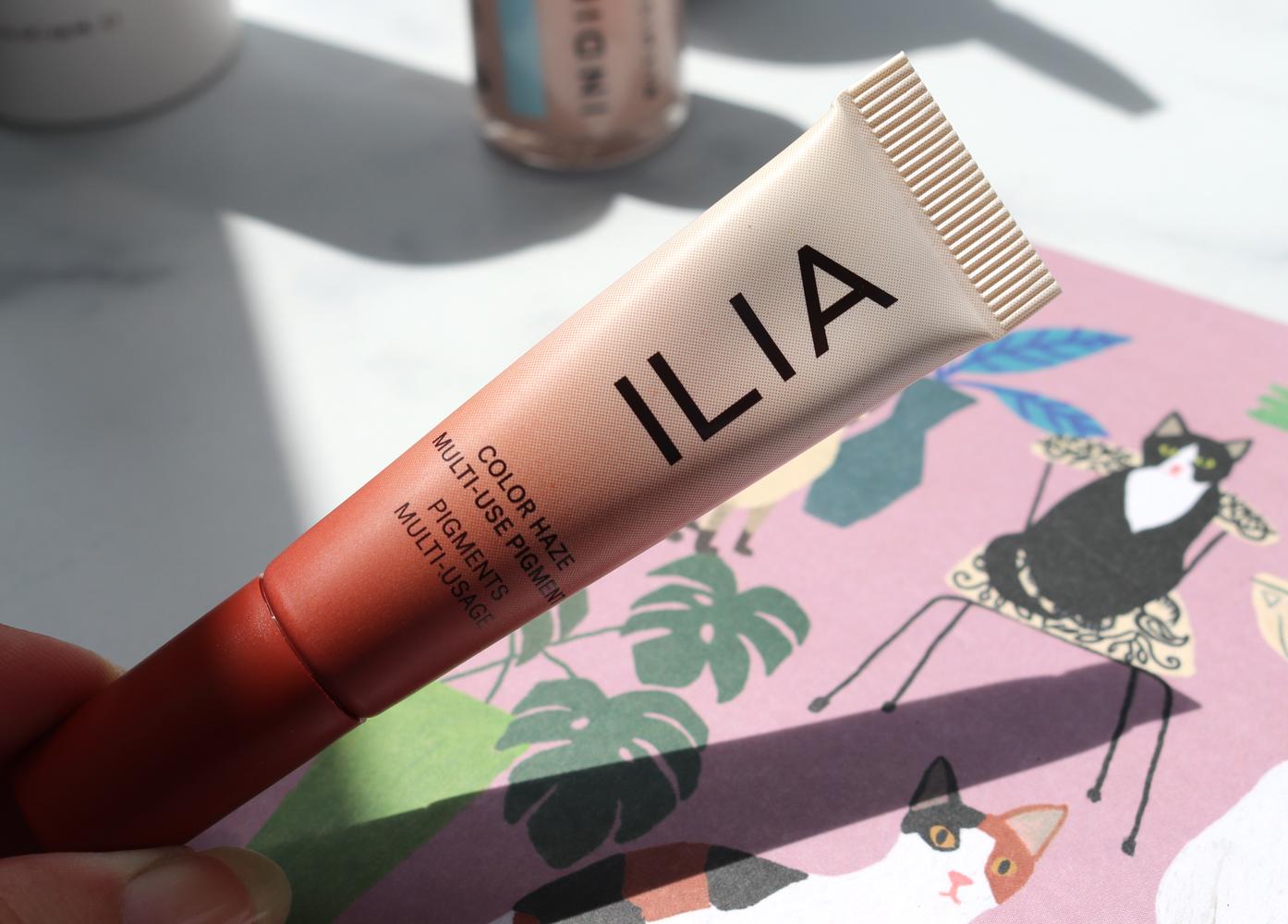 ILIA Color Haze Multi-Use Pigment in Stutter
