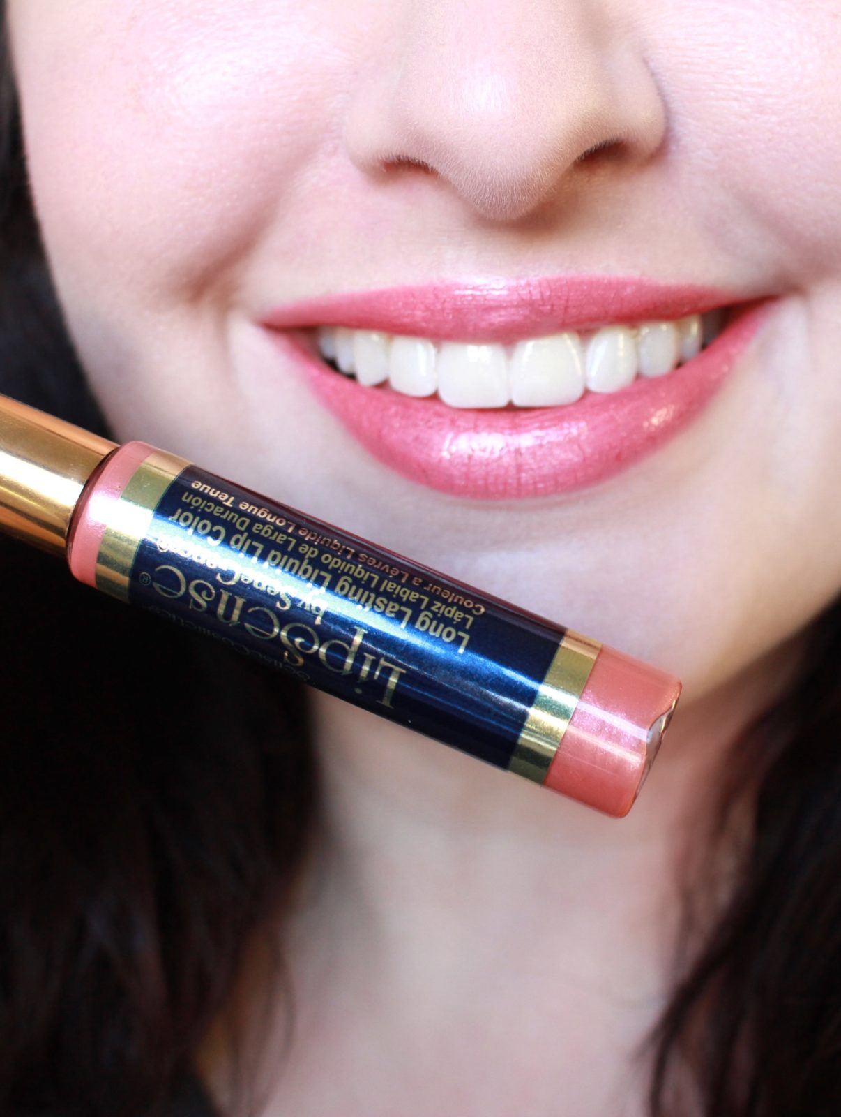 The LipSense Review you have been waiting for! I recently got my hands on some LipSense lip colors from Bombshell Cosmetics, and I couldn't wait to try them on for you!  - LipSense Bombshell Review by popular Los Angeles cruelty free beauty blogger My Beauty Bunny
