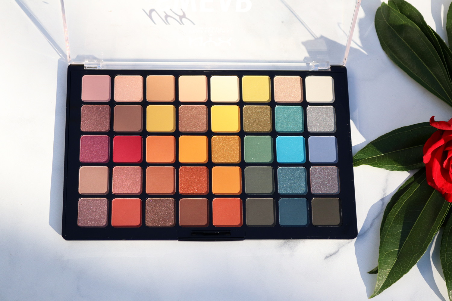 Paleta NYX Swear By It na eCosmetics