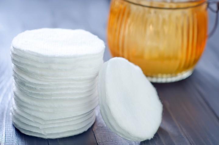 Organic-Cotton-Pads