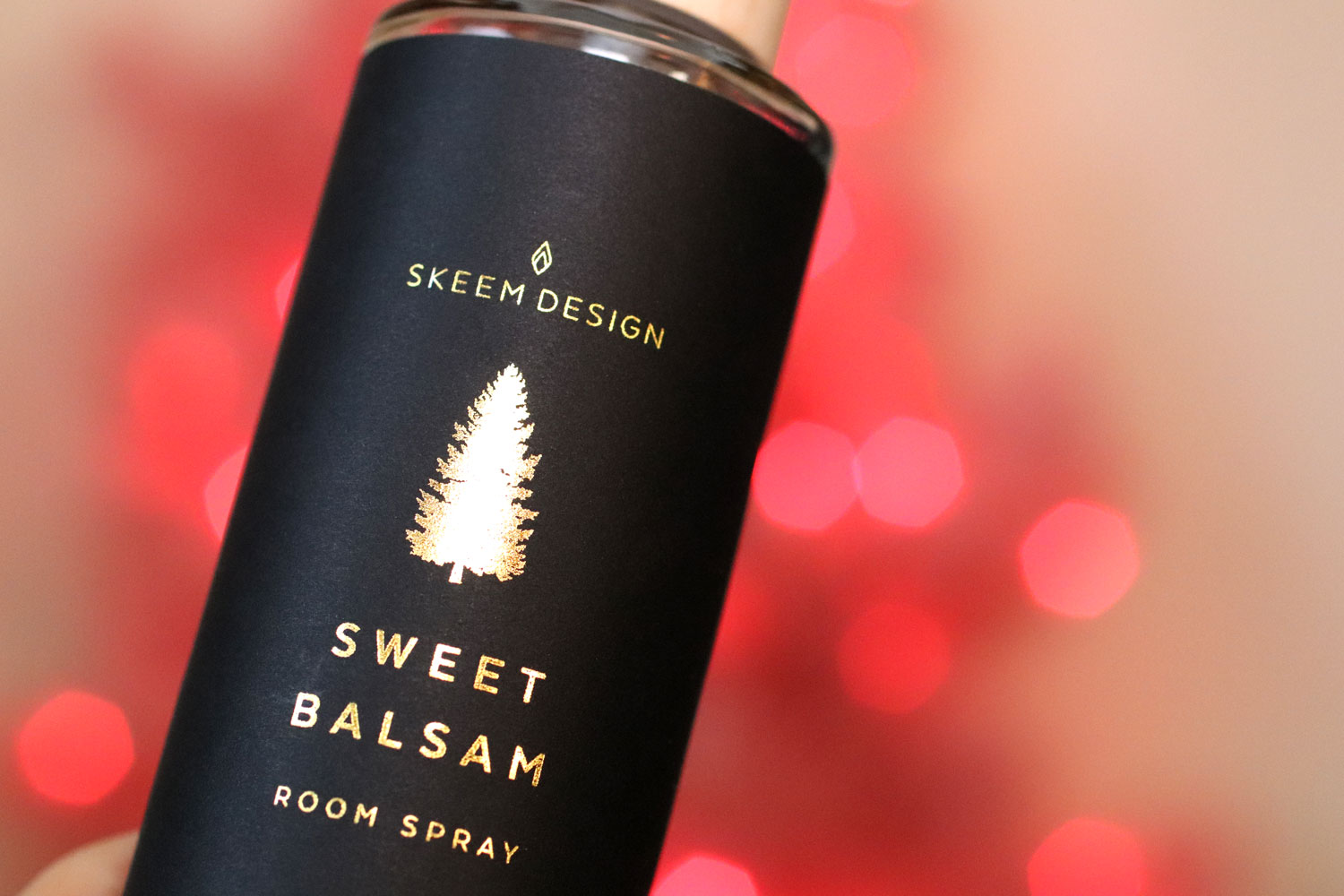 Woman Owned Holiday Gift Guide 2019 - Skeem Design Sweet Balsam Room Spray