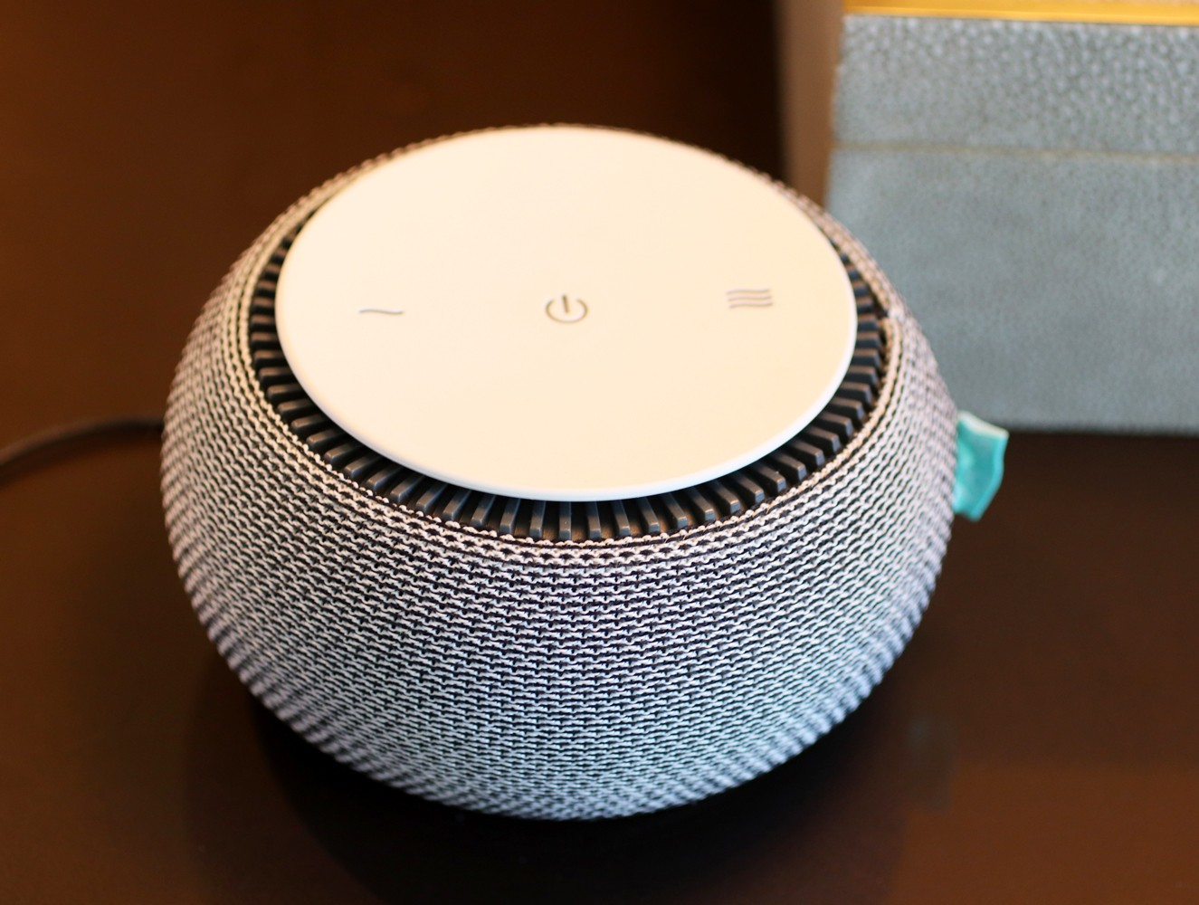 Snooz White Noise Machine Review by popular Los Angeles lifestyle blogger My Beauty Bunny