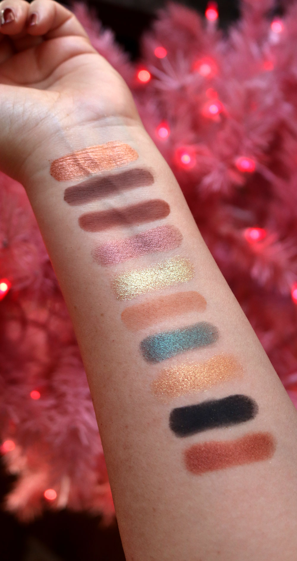 Too Faced Christmas Cookie House Party eyeshadow palette swatches