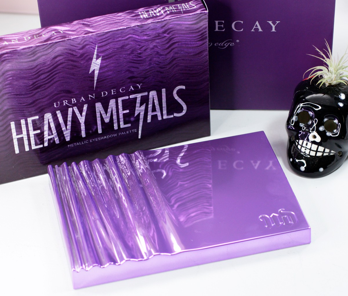 Urban Decay Heavy Metals Palette review by popular Los Angeles cruelty free beauty blogger My Beauty Bunny