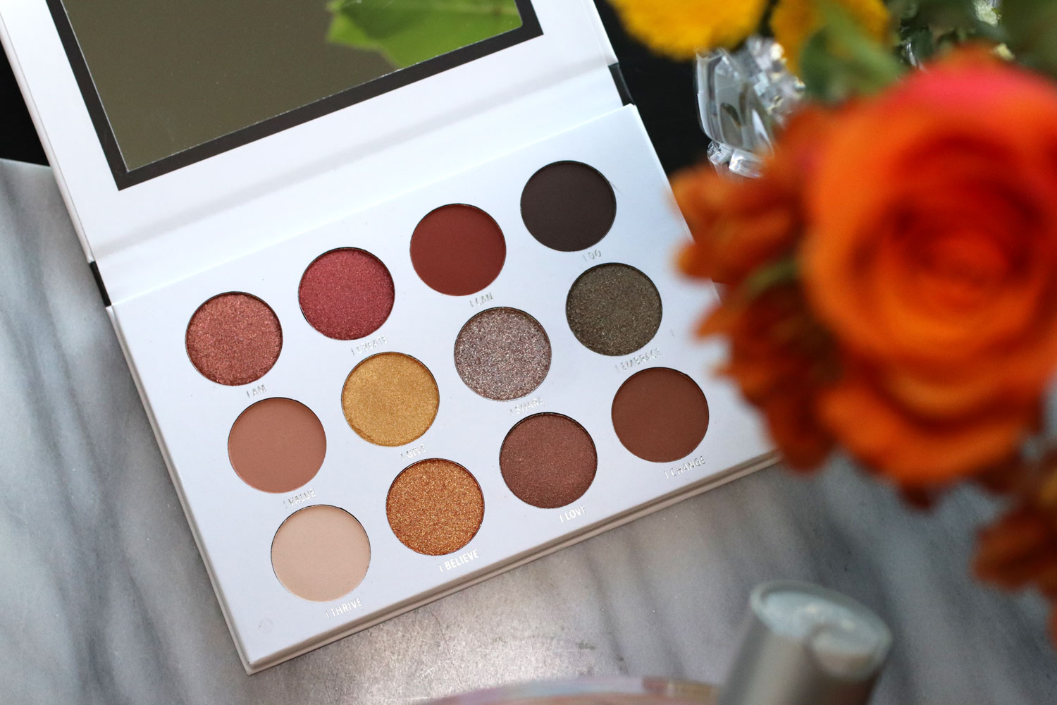 Giveaway - Vegan eyeshadow palette by Moira from The Vegan Warehouse