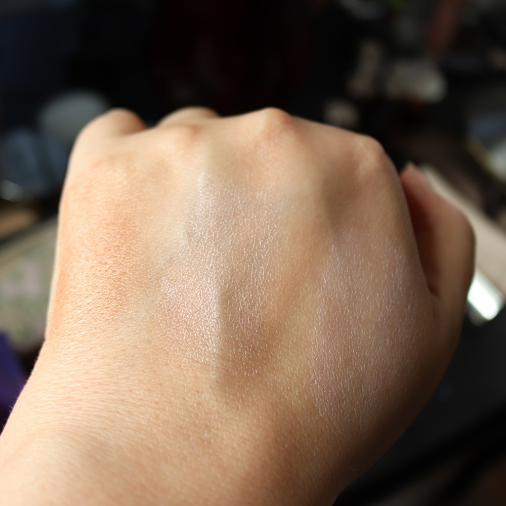 Wet N Wild MegaGlo Highlighter Swatches - Wet N Wild MegaGlo Highlighter Review by popular Los Angeles cruelty free beauty blogger My Beauty Bunny