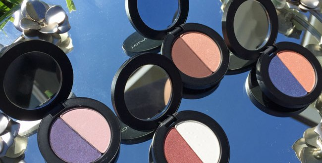 youngblood cosmetics perfect pair mineral eyeshadow duo review by my beauty bunny
