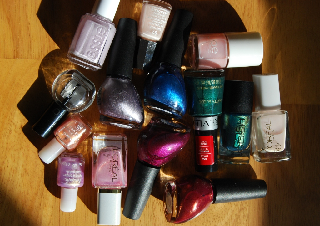 Mes tiroirs à make-up… mes vernis!