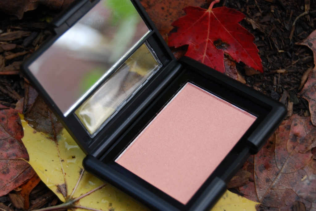 Elf – Blush Coral Candid