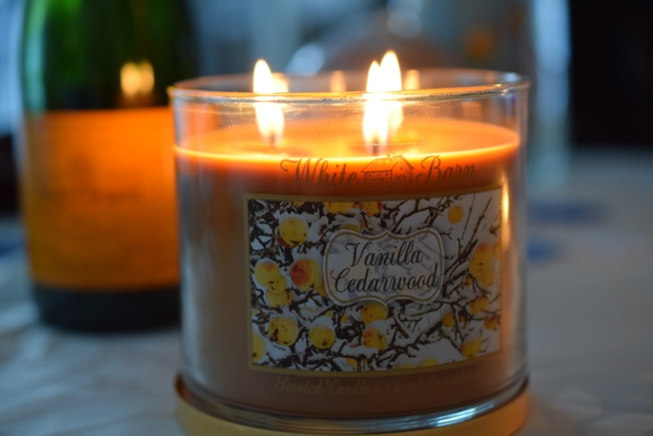 Bath and Body Works vanilla Cedarwood candle