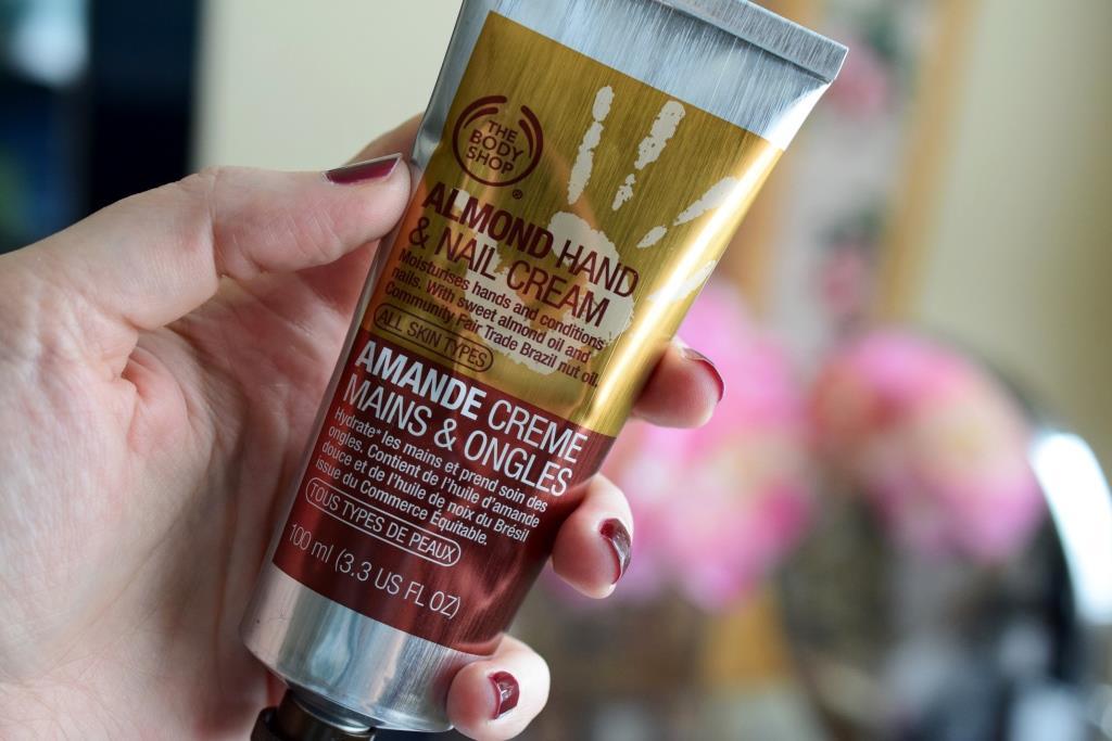 Crème mains et ongles à l'amande – The Body Shop