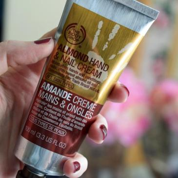 Crème mains et ongles à l'amande – The Body Shop
