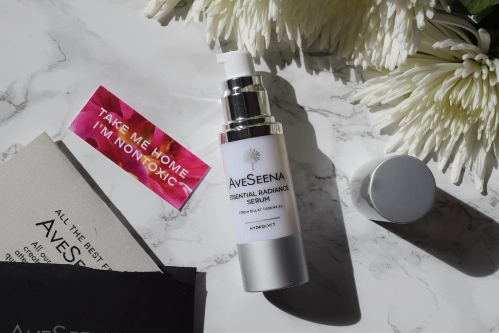 Aveseena Essential Radiance Serum