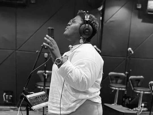 Download Judikay Song – I Bow (Mp3, Lyrics, Video)