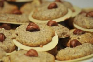 German Christmas Cookies: Hazelnut Macaroons