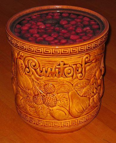 rum pot or rumtopf
