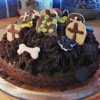 Halloween Grave Yard Cake - Scary German Cake
