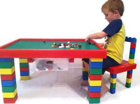 tavolo per giocare lego