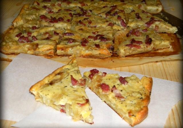 Tarta cu ceapa caramelizata si bacon