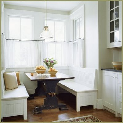 A Kitchen Banquette