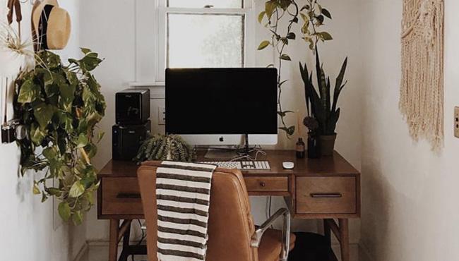 bureau scandinave et vintage