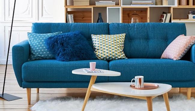 un canape bleu canard pour mon salon