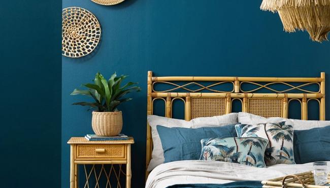 beige et bleu canard dans la chambre