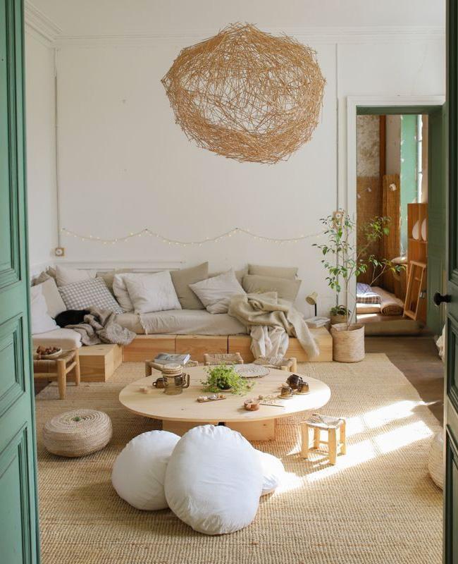 nature autour du bois dans le salon