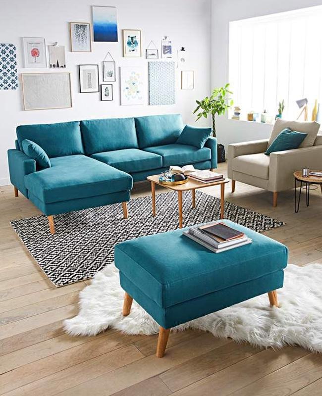 scandinave en bleu canard dans le salon