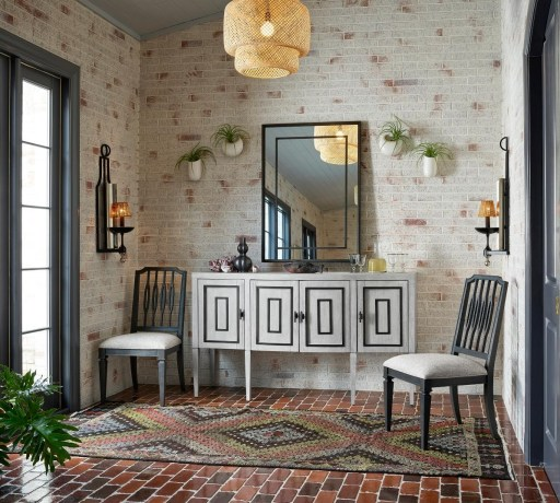 Mudroom Furniture Ideas to Help You Stay Organized