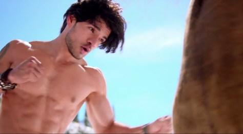 muscular-body-photo-of-sooraj-pancholi-from-hero-movie