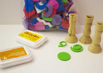 supplies for Easy St. Patrick's Day stamping for toddlers.