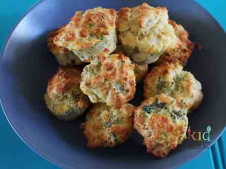 broccoli and cheese mini muffins