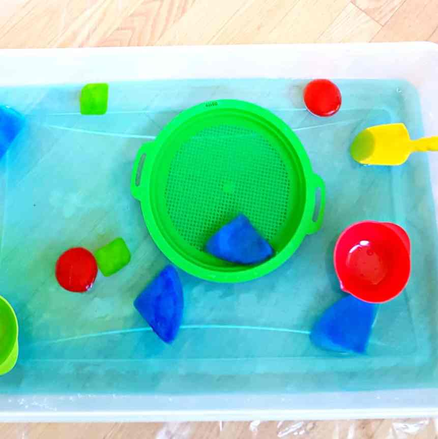 ice shapes in water toddler activity