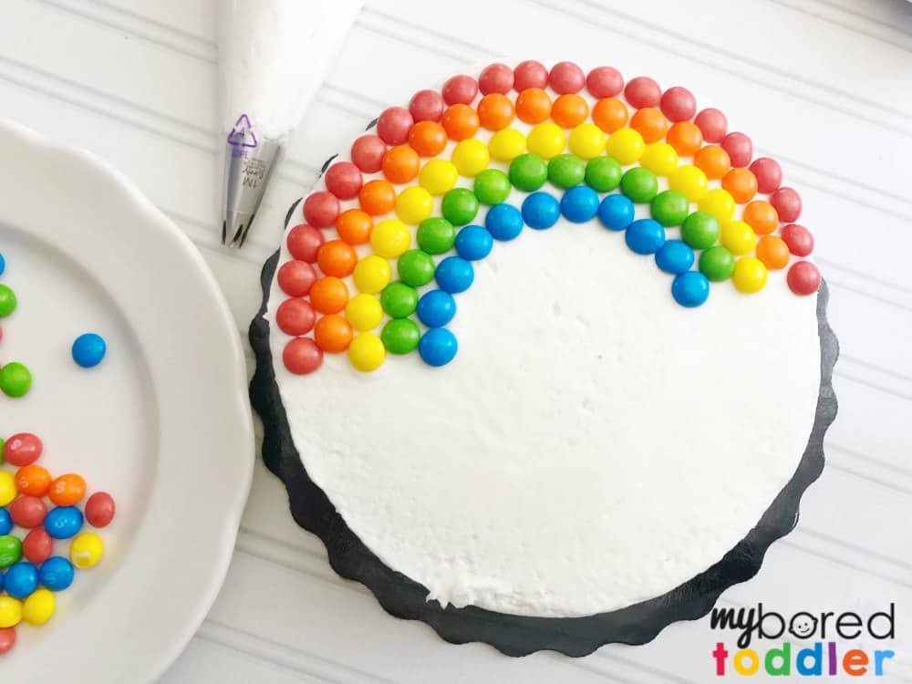 How to make an easy rainbow birthday cake for kids using skittles step 4