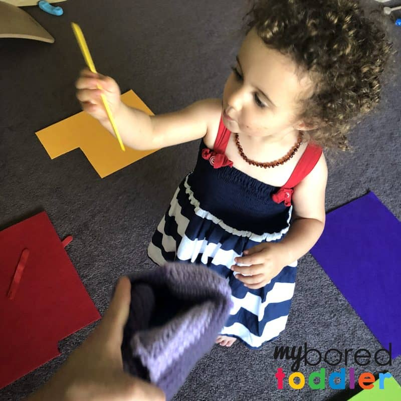 color sorting toddler activity to teach color recognition