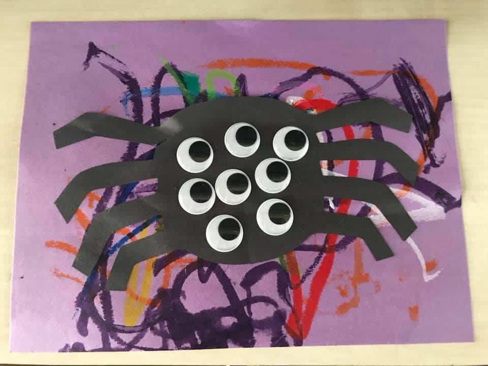 black card spider craft for toddlers